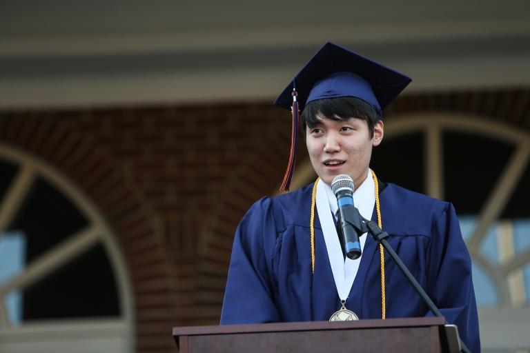 Graduation2014(TA)-243